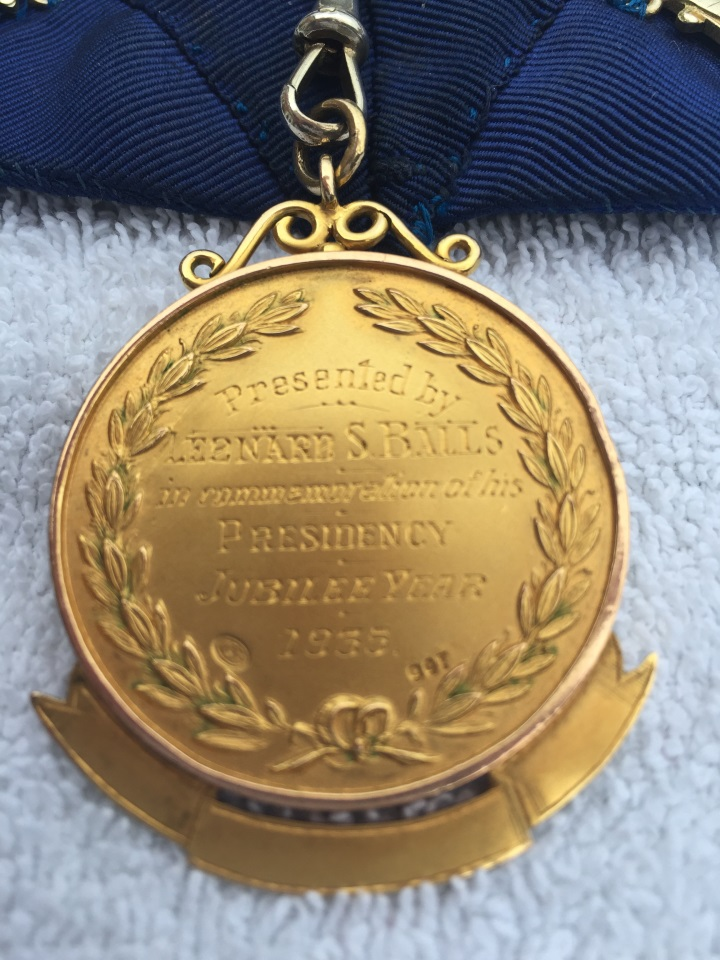Front of the medallion: Central Veterinary Society London Jubilee president 1935